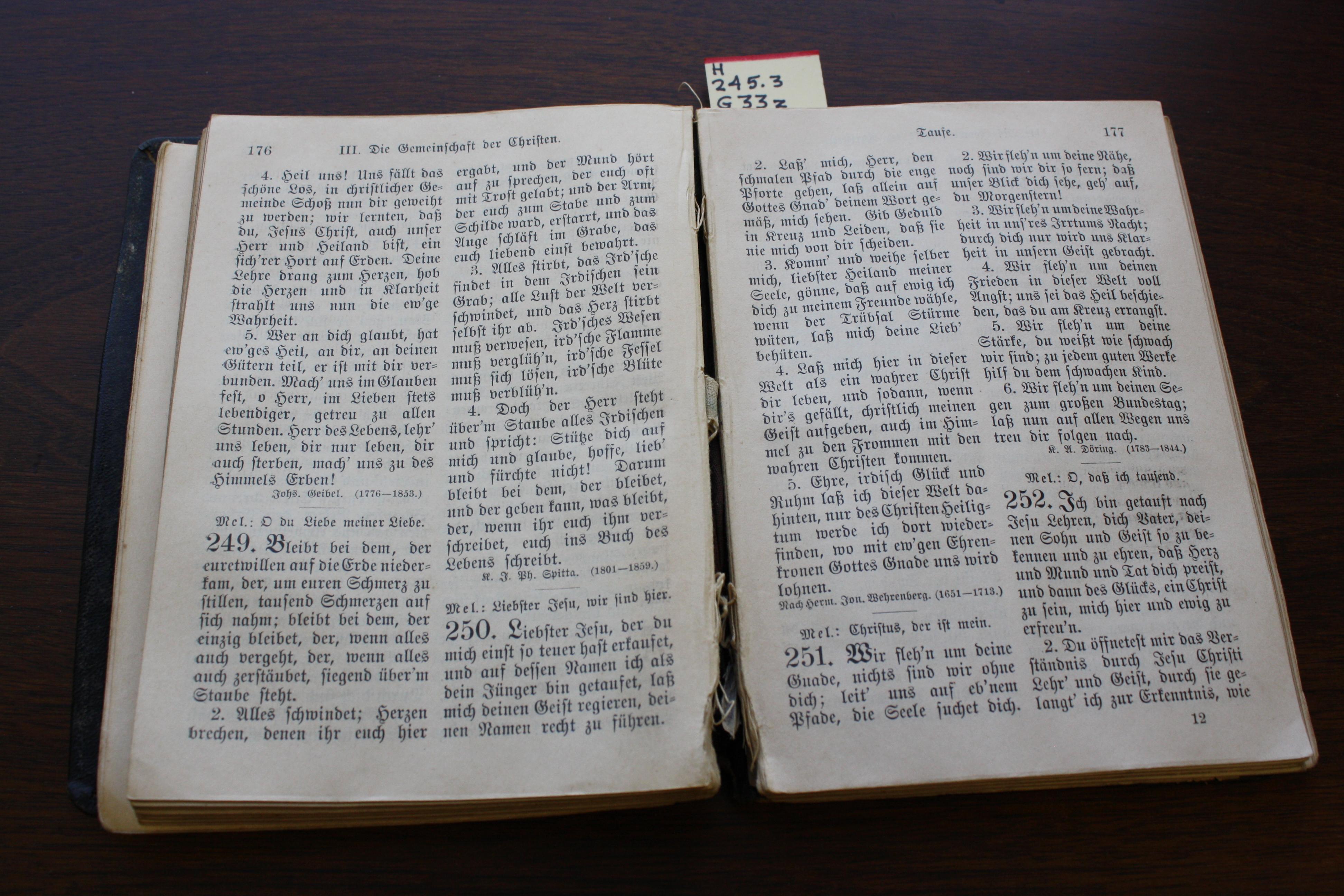 Gesangbuch 1908 2.JPG