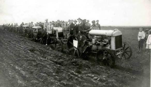 #1-Chortitza, Fordson Tractors, Oct 1922