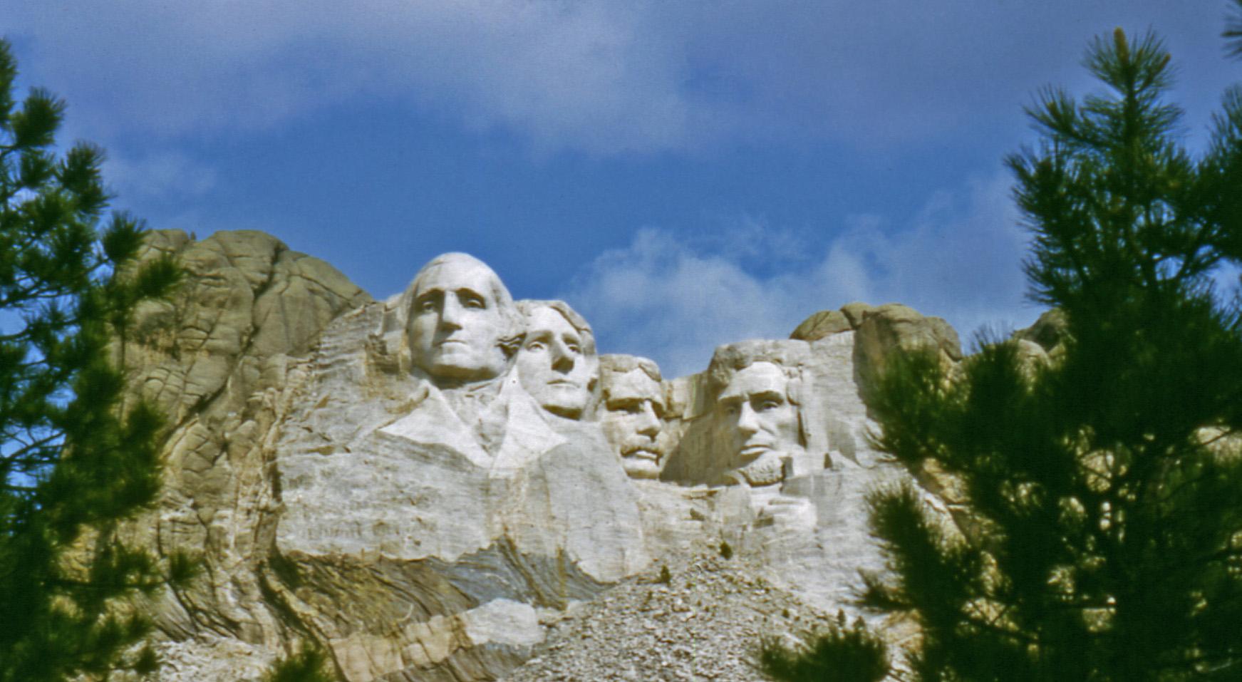 Mt._Rushmore[1]